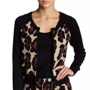 Romeo + Juliet Couture Cardigan Zip Sweater Print